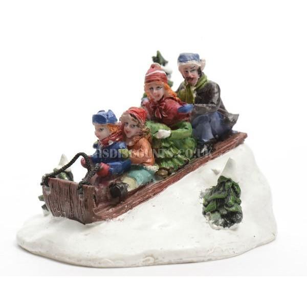 Lumineo Miniature Family on a Sliegh Figure